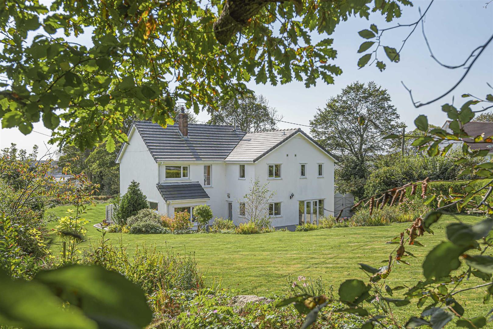 Hall Meadow, Nicholaston Penmaen, Swansea, SA3 2HL